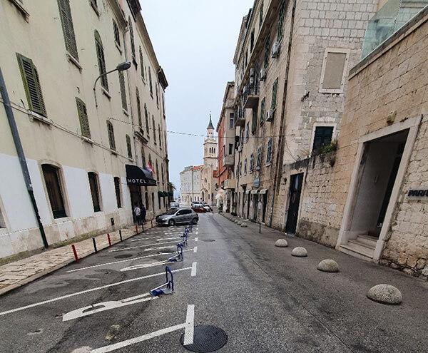 Parklio™ for Cities - Split Smart parking 1