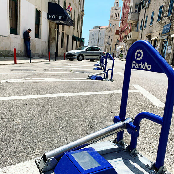 Parklio™ for Cities - Split Smart parking 4