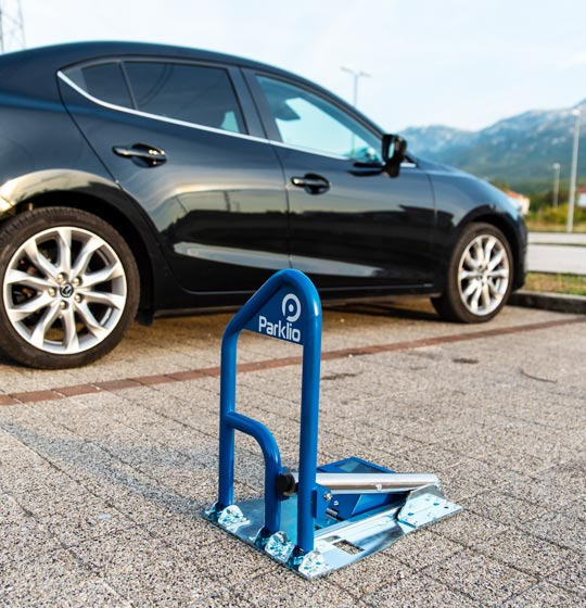 Parklio™ solar powered parking barrier